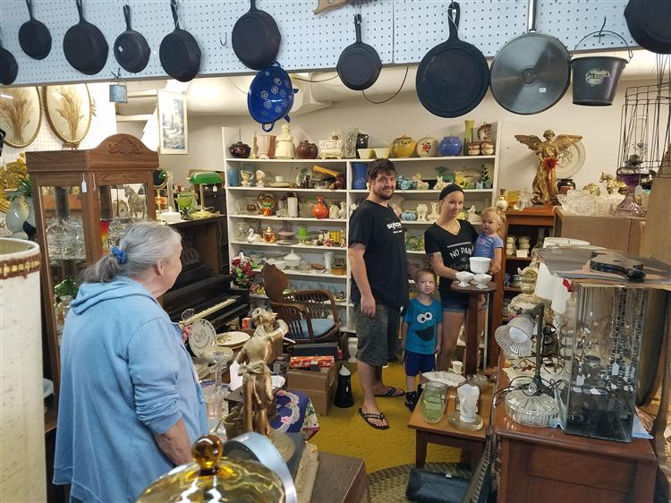 Picture of shoppers at antique store